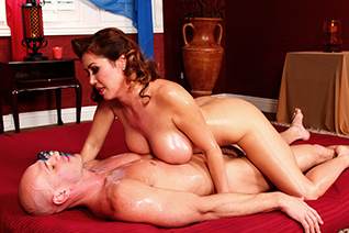 Nuru-Gasmic picture 1